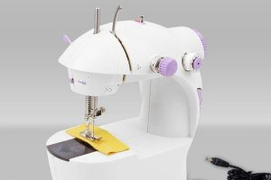 Best Portable Sewing Machine Reviews
